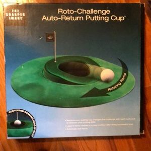 Never used Roto-Challenge Auto Return Putting Cup